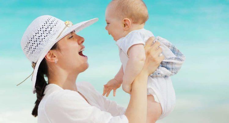 Obsorge und Kontaktrecht - Mutter und Kind