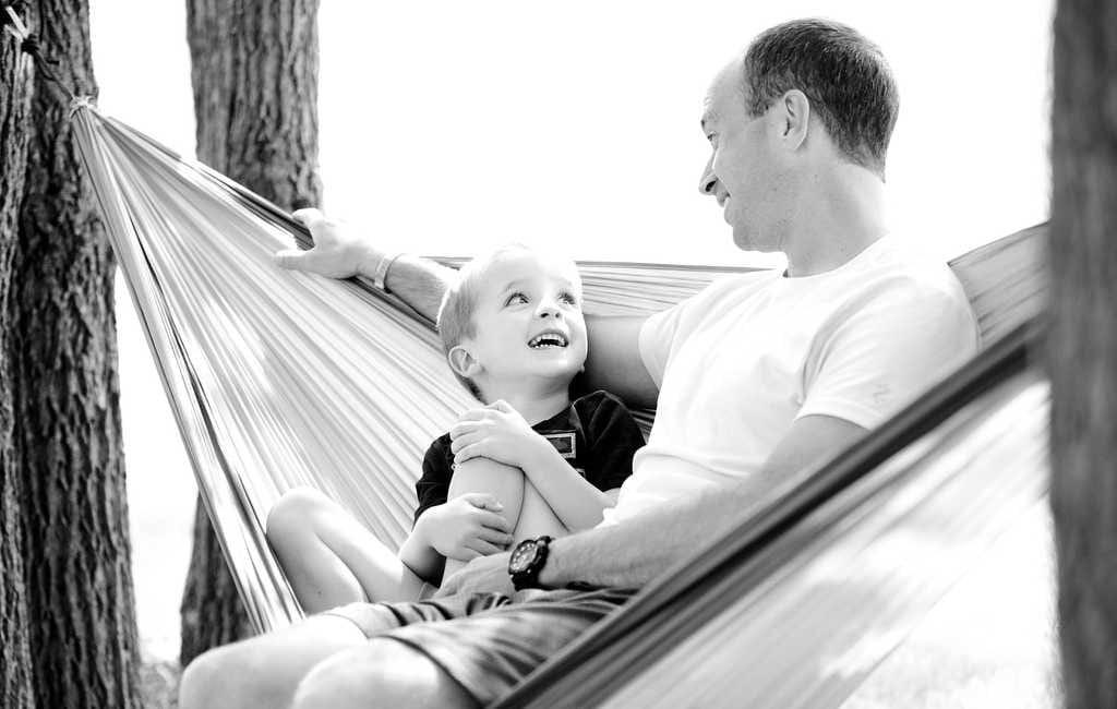 Obsorge und Kontaktrecht - Vater und Kind